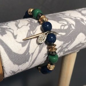 Jewelry - Skull Charm Beaded Bracelet